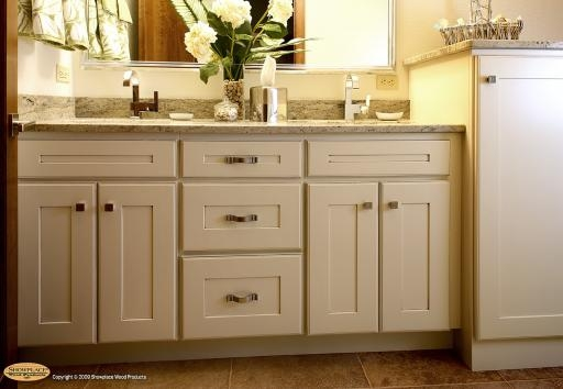 Bathroom Cabinets Showplace Woods Bathroom Cabinets